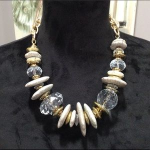 New Beautiful Cream& Gold Beaded Cluster Necklace